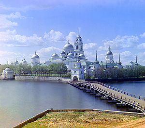 Нило-Столобенский монастырь